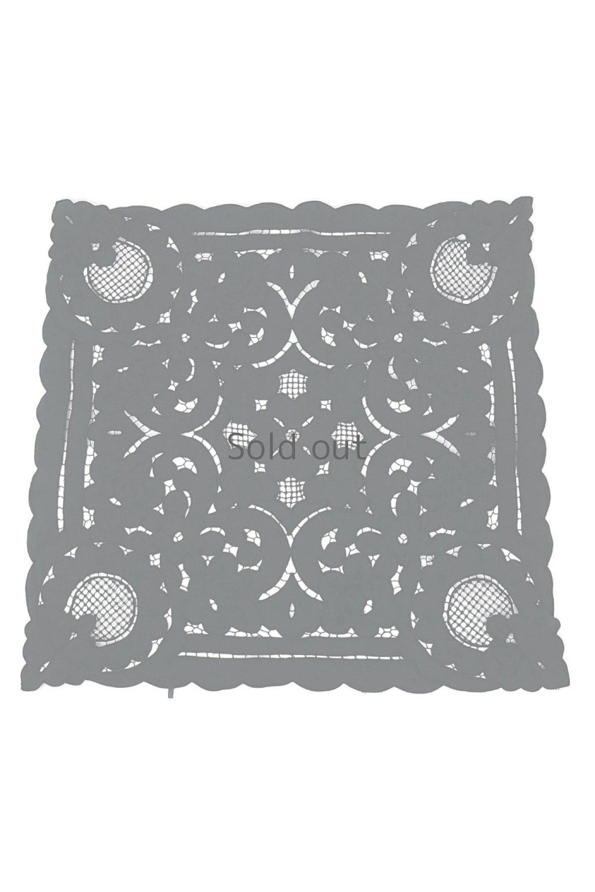 画像1: 【フランス】アンティークレース×染 カットワーク刺繍 敷物(正方形) (1)