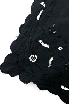 画像2: 【フランス】アンティークレース×染 カットワーク刺繍 敷物 (2)