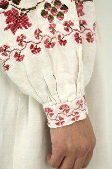 画像12: 【ウクライナ】ウクライナリネン刺繍ワンピース(ウエストゴム/赤のクロスステッチ) (12)