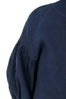 画像10: 【ササキチホ】アンティークリネン×染め ピエロ袖 前開きブラウス(紺色) (10)