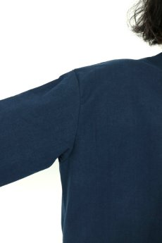 画像5: 【ササキチホ】アンティークリネン×染め ハイネック ロングシャツ(紺/五分袖) (5)