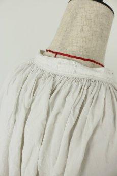 画像12: 【フランス】アンティークリネン 20世紀初頭の教会用ロングスモックドレス(白) (12)