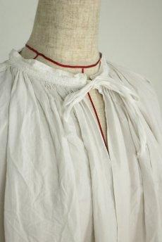 画像4: 【フランス】アンティークリネン 20世紀初頭の教会用ロングスモックドレス(白) (4)