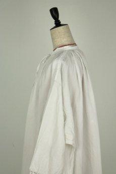 画像9: 【フランス】アンティークリネン 20世紀初頭の教会用ロングスモックドレス(白) (9)
