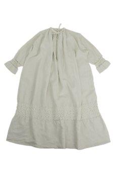 画像1: 【フランス】アンティークリネン 20世紀初頭の教会用ロングスモックドレス(白) (1)