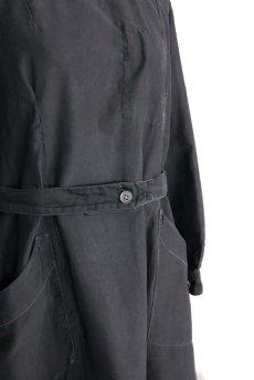 画像4: 【フランス】1940年代頃 後ろボタン ブラックワークドレス(割烹着スタイル) (4)