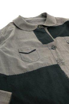 画像2: 【MITSUGU SASAKI】ビンテージ リメイク パッチワーク 丸襟ブラックシャンブレー ワークコート (2)
