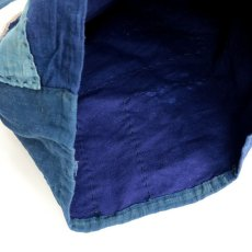 画像9: 【MITSUGU SASAKI】BORO藍染古布 小さめショルダーバッグ(日本の藍とフレンチインクブルー) (9)