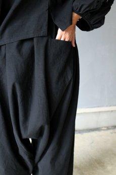 画像4: 【受注販売】アンティークリネン サイドギャザー ボリュームサルエルパンツ(黒色) (4)