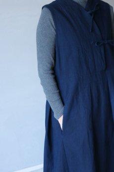 画像5: 【ササキチホ】アンティークリネン×染め モンゴリアンノースリーブワンピース(紺色) (5)