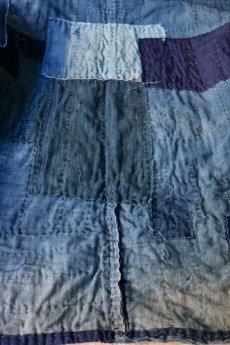 画像13: 【MITSUGU SASAKI】藍染古布 刺し子リペアのリバーシブル野良着 (13)