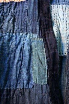 画像9: 【MITSUGU SASAKI】藍染古布 刺し子リペアのリバーシブル野良着 (9)