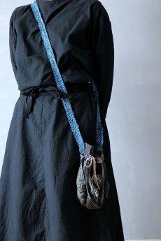 画像13: 【MITSUGU SASAKI】BORO古布 パッチワーク米袋の小さめリバーシブルショルダーバッグ (13)