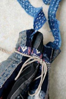 画像3: 【MITSUGU SASAKI】BORO古布 パッチワーク米袋の小さめリバーシブルショルダーバッグ (3)