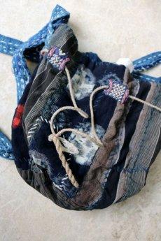 画像6: 【MITSUGU SASAKI】BORO古布 パッチワーク米袋の小さめリバーシブルショルダーバッグ (6)