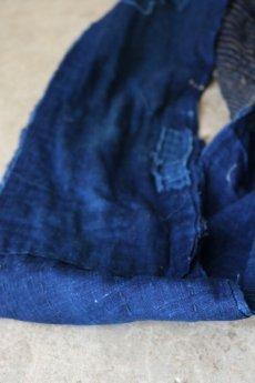 画像8: 【MITSUGU SASAKI】BORO古布 パッチワーク米袋の大きめリバーシブルショルダーバッグ(格子と藍) (8)