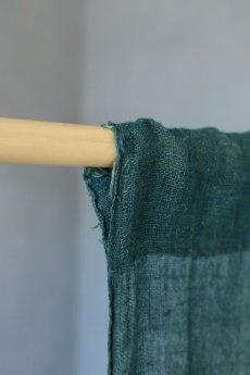 画像14: 【MITSUGU SASAKI】日本古布 パッチワーク壁掛け (ウコンの蚊帳) (14)