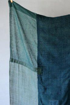 画像11: 【MITSUGU SASAKI】日本古布 パッチワーク壁掛け (ウコンの蚊帳) (11)