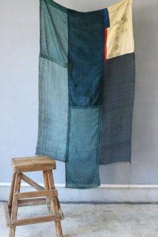 画像3: 【MITSUGU SASAKI】日本古布 パッチワーク壁掛け (ウコンの蚊帳) (3)