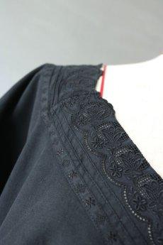画像6: 【フランス】アンティークコットン×染 Vネックレース半袖ワンピース(ブラック) (6)